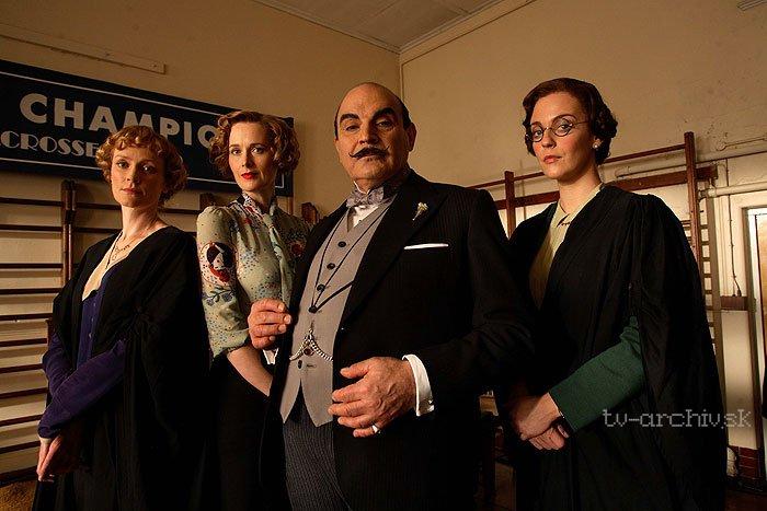 Agatha Christie: Poirot: Mačka medzi holubmi