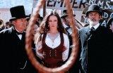Cody Zamora (Madeleine Stowe)