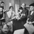 Diane Baker (Margot Frank), Richard Beymer (Peter Van Daan), Shelley Winters (Mrs. Petronella Van Daan), Gusti Huber (Mrs. Edith Frank), Lou Jacobi (Mr. Hans Van Daan), Millie Perkins (Anne Frank), Joseph Schildkraut (Otto Frank)