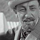 Vlasta Burian (detektiv Vincenc Babočka/kníže Nariškin/mezinárodní dobrodruh Leon Weber)