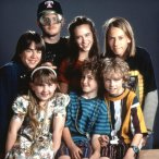 Jennifer Love Hewitt, Herbert Russell, Kyle Howard, Amy Sakasitz, Mooky Arizona, Josh Wolford