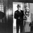 Warren Beatty (Clyde Barrow), Faye Dunaway (Bonnie Parker)