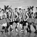 Gene Kelly, Sue Casey, Mary Gleason, Peggy Gordon, Jean Harrison, Fred Kelly, Joan Larkin, Joan McKellen, Gloria Moore, Betty Scott