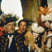 John Neville (Hieronymus Karl Frederick Baron von Munchausen), Eric Idle (Desmond)