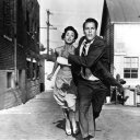 Kevin McCarthy (Dr. Miles J. Bennell), Dana Wynter (Becky Driscoll)