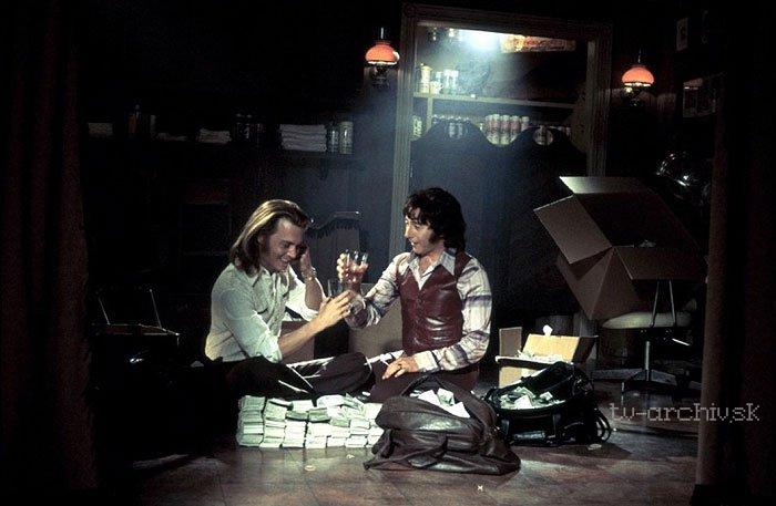 Vanessa Monet fajčenie