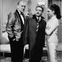 Peter Sellers (Jacques Clouseau), George Sanders (Benjamin Ballon), Tracy Reed