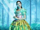 Lily Collins (Snow White)