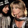 Richard Romanus (Emir), Goldie Hawn (Sunny)