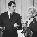 Rock Hudson (Jerry Webster), Doris Day (Carol Templeton)