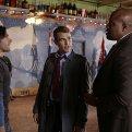 Theo James (Detective Walter Clark)