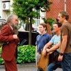 Burt Reynolds (Del Knox), Seth Green (Dan Mott), Matthew Lillard (Jerry Conlaine), Dax Shepard (Tom Marshall)