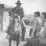 John Wayne (John Chisum), Andrew V. McLaglen