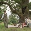 Kate Winslet (Sylvia Llewelyn Davies), Johnny Depp (Sir James Matthew Barrie), Freddie Highmore (Peter Llewelyn Davies)