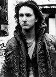 Sean Penn (Mick O'Brien)